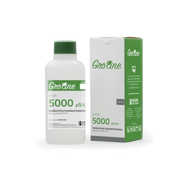 HI7039 GROLINE 5,000 EC Calibration Solution supplied in a box with COA