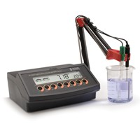 HI2221-02 Calibration Check™ pH/ORP/Temperature Benchtop Meter